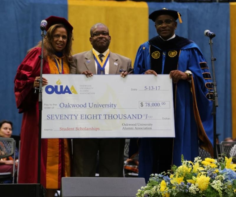SCHOLARSHIPS – Oakwood Alumni Association